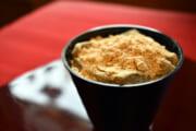 【杉山 本店】このおいしさはクセになる!本わらび粉100%のわらび餅のなめらか食感